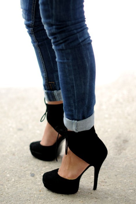 alicedang:  Love these shoes!