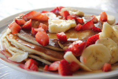 Pancakes with Fresh Strawberries and Bananas