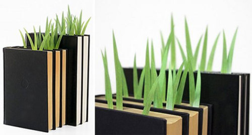 gaksdesigns:  GreenMarker – Grass Page Markers  Yes, please.