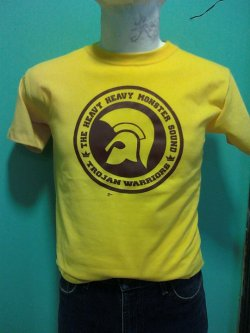 :: TROJAN: THE HEAVY HEAVY MONSTER SOUND :: T-Shirt Color: Any color Ink Color: Brown, Black, Red, Yellow Sizes: S,M, L, XL ———————————————— Color de Playera: Cualquier color Color de Tinta: Café, Negra, Roja, Amarilla Tallas: CH, M, G, XG