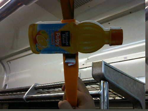 Pulpy orange fiktif di komuterlen :p