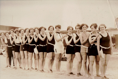 bathing-beauties:  circa 1920 Wildwood NJ
