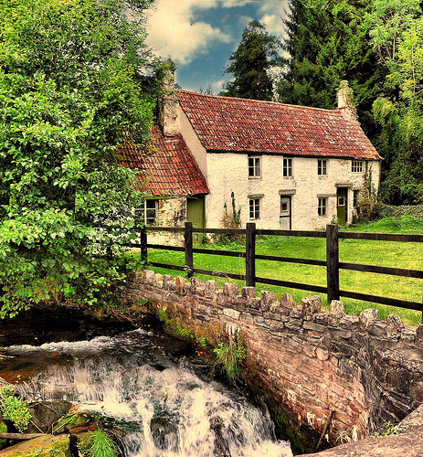 Tintern cottages and brook in Wales, UK (by John the Neath)