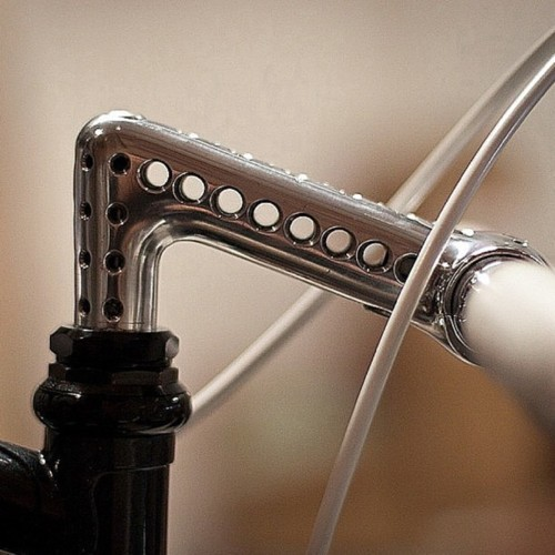 rbrto:     chicagobikelife:  NOW THATS A STEM