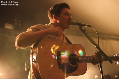 Marcus Mumford of Mumford & Sons performs at Stubb's in Austin, Texas on November 3, 2010. Photo © Iman Mannie Saqr.
