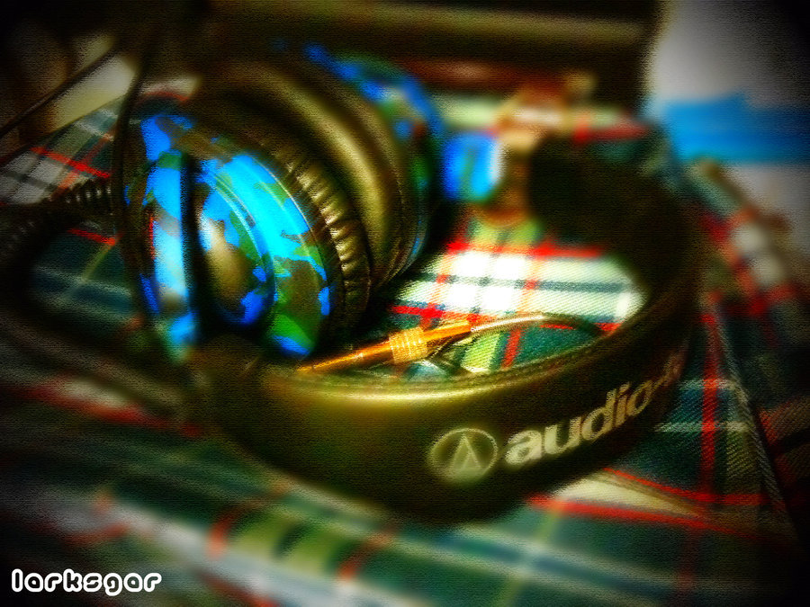 AuTech Headphones for DJ by ~larksgar