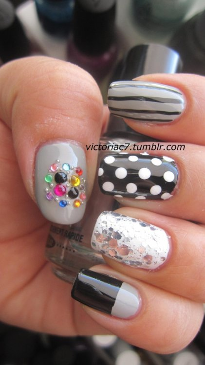 victoriac7:  Another mixed mani! Colors used: Jordana - Black Kleancolor - Chunky Silver Sally Hansen X-treme Wear - White On Sally Hansen X-treme Wear - Wet Cement