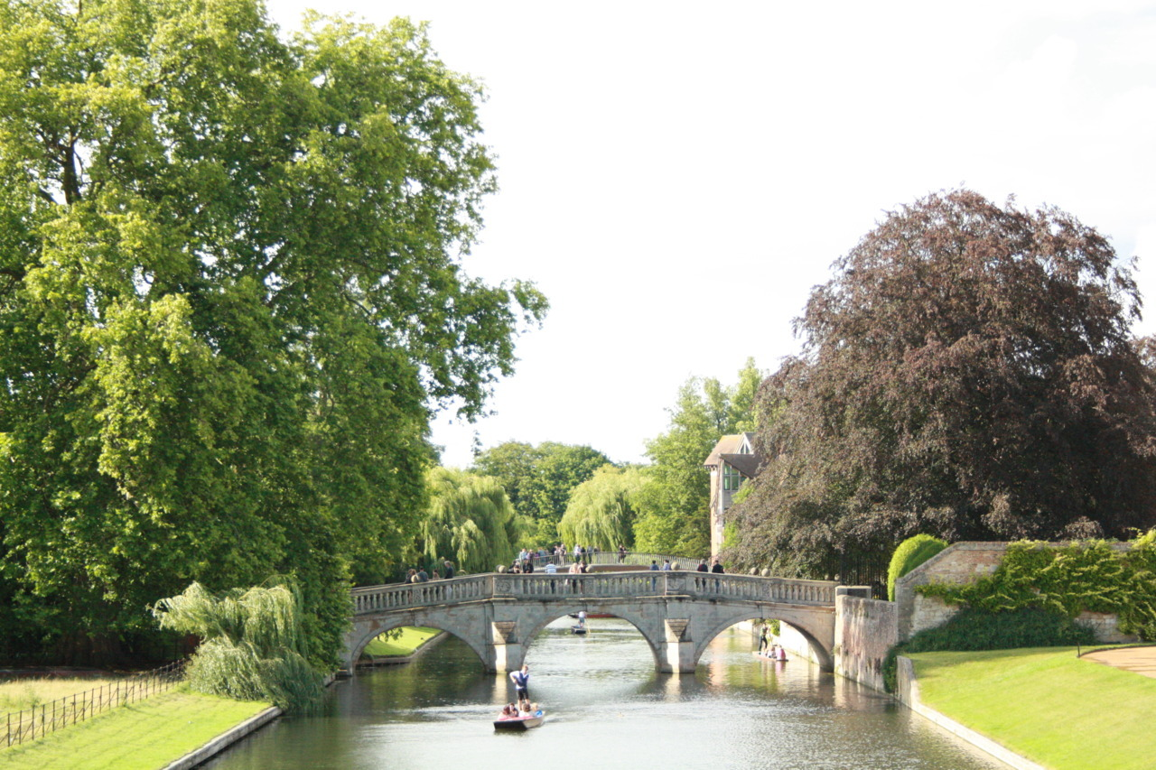 The ever so lovely view from the Kings College bridge, Cambridge
