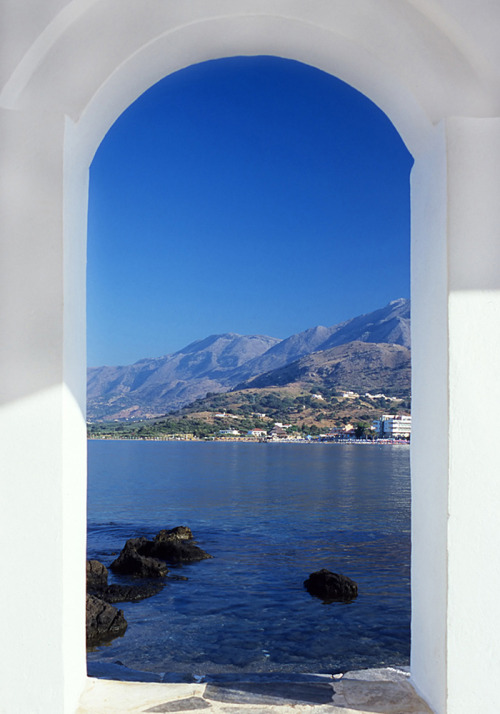 indigodreams:  elladaa:  ☼ Dome view of Loutro - South Chania ☼