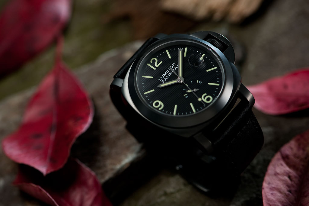 Panerai PAM28 Luminor Power Reserve | Special Edition 2009 - 1000 units  [Source]