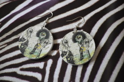 Do you like my elephant earrings? ;)