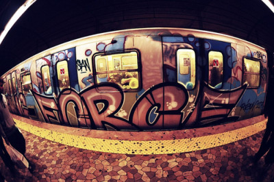 Subway Graf Art: FLY SH-T!