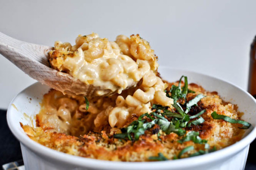 gastrogirl:  baked macaroni and cheese with beer.