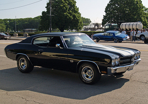 rockabillybabee:  alexxxsimmy:  The sexiest car.  Aaaah, I love muscle cars♥