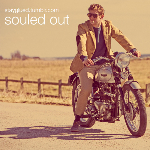 stayglued:  Souled Out Genre: Soul / Northern Soul / Funk 01 - Frank Wilson - Do I Love You (Indeed I Do)02 - The Supremes - You Keep Me Hangin' On03 - Kim Weston - Take Me in Your Arms (Rock Me a Little While)04 - Martha Reeves & the Vandellas - (Love Is Like A) Heat Wave05 - The Marvelettes - I'll Keep Holding On06 - Millie Jackson - My Man, a Sweet Man07 - Tammi Terrell - This Old Heart of Mine (Is Weak for You)08 - Shirley Ellis - The Clapping Song09 - Edwin Starr - Twenty-Five Miles10 - Taj Mahal - (Ain't That) A Lot of Love11 - Don Covay - It's Better to Have (And Don't Need)12 - Honey Cone - Sunday Morning People13 - Betty Wright - Mr. Lucky14 - Laura Lee - Mama's Got a Good Thing15 - Black Ivory - Surrender16 - Lou Johnson - Rock Me Baby17 - Timi Yuro - It'll Never Be Over for Me18 - Little Milton - More and More19 - Tony Clarke - Landslide20 - The Fascinations - Girls Are Out to Get You21 - William Bell - Eloise (Hang on in There)22 - Jimmy Ruffin - It's Wonderful (To Be Loved By You) DOWNLOAD  The same blurb as my previous post. Oh Snap!