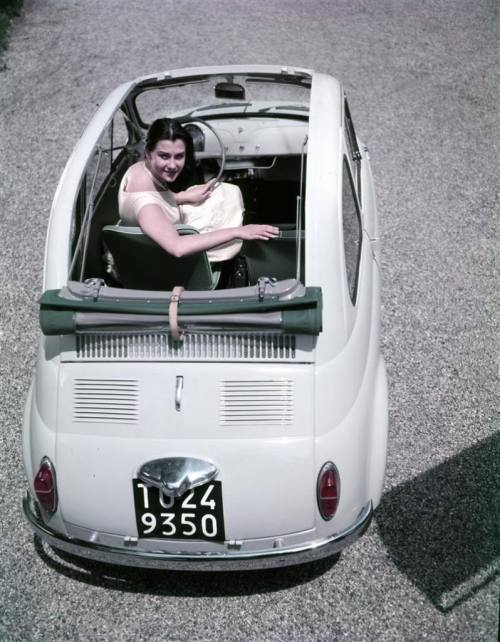 hollyhocksandtulips:  Ferrari Fiat 500, 1958   these are so cute!