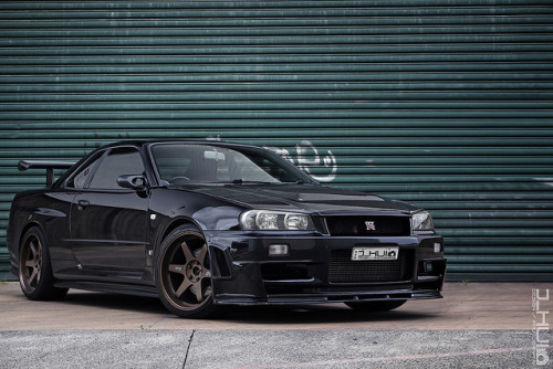ohhnerdymelissa:  Chuey's R34  by Joseph Hui (J_HUI) on Flickr.