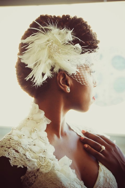 raysymone:  I love seeing brides with natural hair, they always look so regal like queens.