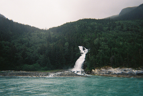 dearscience:  Skagway, Alaska (by cellophanesoul)