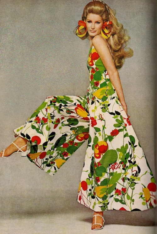 Late 1960s Cotton ad. Amazing jumpsuit!