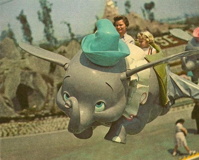 neverendingsmiile:  Vintage Disney pictures always make me so happy.