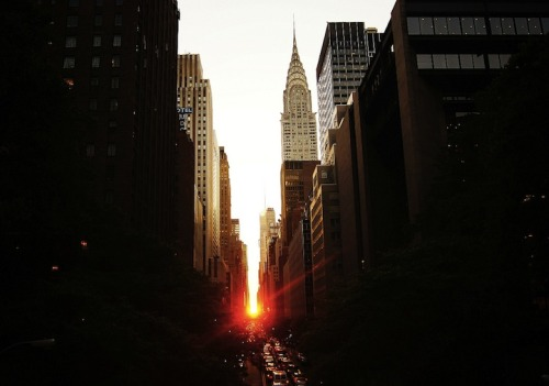 Twice a year in Manhattan, New York, for about 20 minutes, the sunset aligns precisely with the city's street grid to simultaneously illuminate both the north and south sides of every cross street.      Since Manhattanhenge's two days happen to fall near Memorial Day and Baseball's All Star break, some people have suggested that future anthropologists will conclude that Americans worshipped war and baseball. Funny thing is, they wouldn't be too far off…