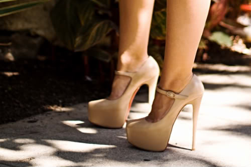 i want a pair of shoes like theseeee!  birthday pressie? :)