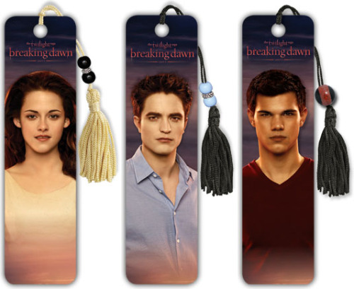 carinaolsen:  Breaking Dawn Official Bookmarks.Found these a few weeks ago, forgot to share them (A) Source: Trends International.
