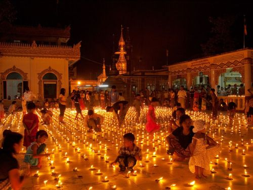 onewordoneworld:  Festival of Lights, Myanmar