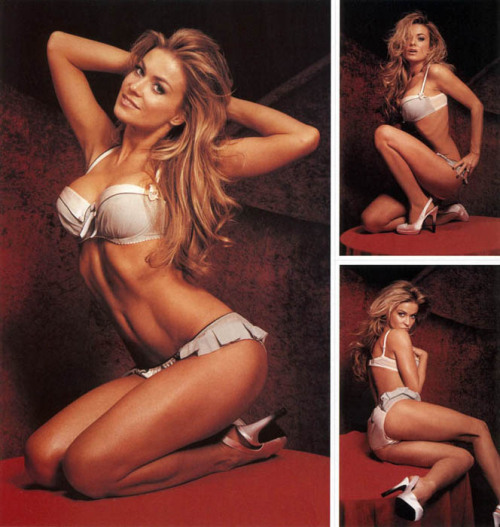 beautifulnakedladies:  Carmen Electra