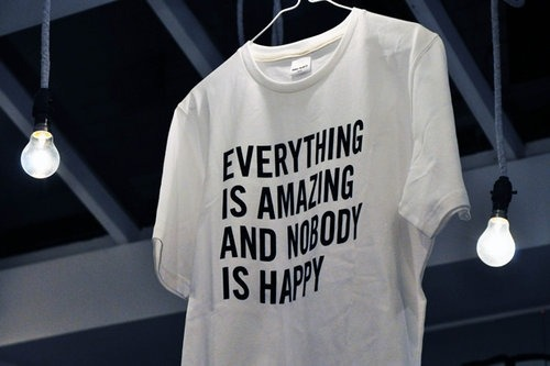valley-child:  ellebinoche:  THE TSHIRT SPEAKS THE TRUTH!  hahahaha^