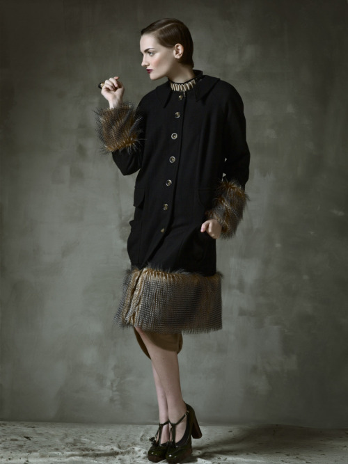 natalie & alanna fall 2011 wool and faux fur trimmed raglan sleeve coat