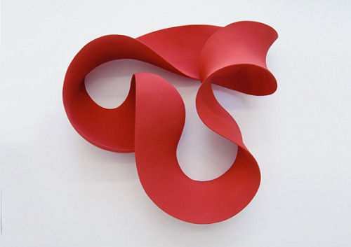 Merete Rasmussen: Red wall loop