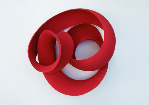 ceramicsnow:  Merete Rasmussen: Red wall loop #2