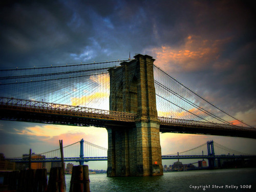 East River by mudpig on Flickr.