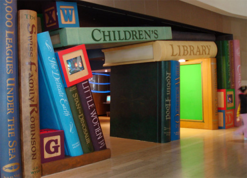 doubledaybooks:  How fabulous is this entrance to the Cerritos Millenium Library?! Heaven! Thanks tywkiwdbi.blogspot.com for the pic!
