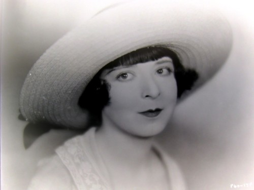 Colleen Moore, from 1926's It Must Be Love of course it's love! this is Colleen Moore we're talking 'bout! HAPPY BIRTHDAY BABY!!!