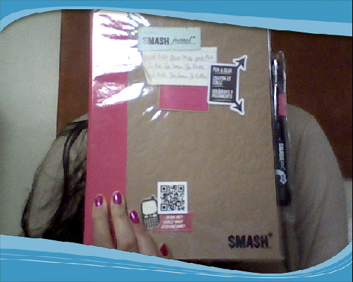 YAY! I HAVE MY SMASH BOOK :)