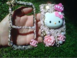 **   Hello Kitty Custom Made ** This Is For Blackberry Curve 8350. price : $70.00