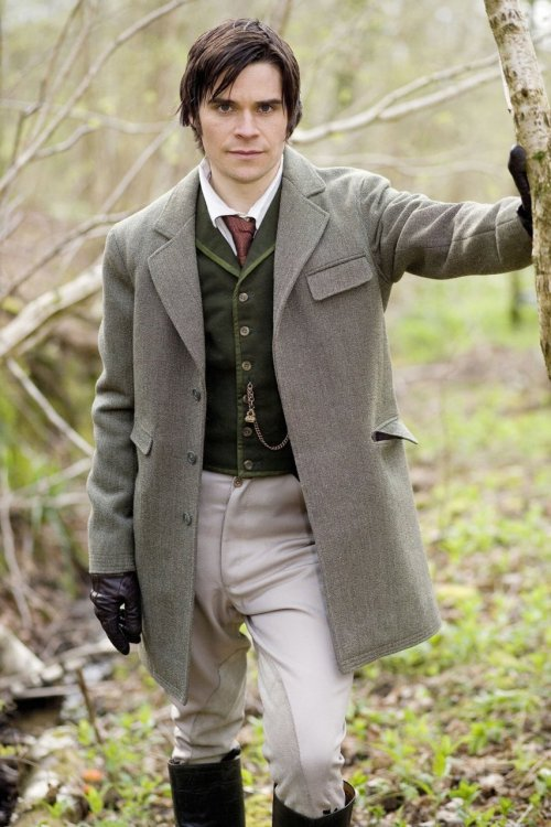 vintage23elfride:  Tess of the D'Urbervilles (TV mini-series 2008) Elfride : Alec D`urberville,exactly the type of man I use to date! :)))) oh my….