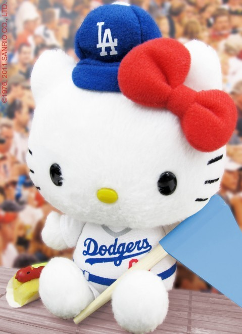 populationgo:  Hello Kitty and Los Angeles Dodgers Team Up If you happen to be in Southern California, love L.A. Dodgers AND love Hello Kitty, you're in luck! Sanrio and the Los Angeles Dodgers have teamed up to offer fans a super special limited edition Hello Kitty collectible plush all decked out in Dodger gear for Fan Appreciation Day. On September 16 to 18, 2011, Hello Kitty and Dodger fans can receive this plush only if tickets are bought using the online ticket package www.dodgers.com/hellokitty. If you attend on the 18th, you also receive a Hello Kitty Dodger-themed crown.