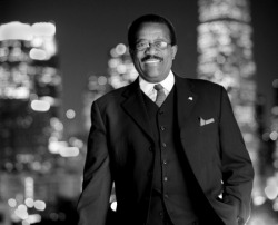 oakcliffian:  Johnnie Cochran - Prominent African American lawyer who won several cases for African American entertainers and businessmen. Always seeking the truth and justice. Diligently found loopholes in his opponents cases and convinced jurors in ways not seen from any other lawyer in history.  my hero
