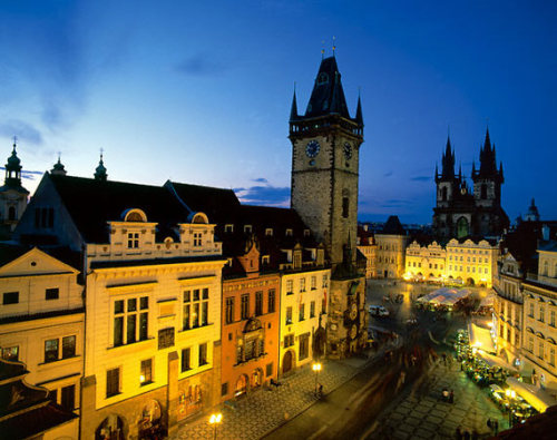 jannikhansen36:  Old Town Square. Prague, Czech Republic. So serene ♥