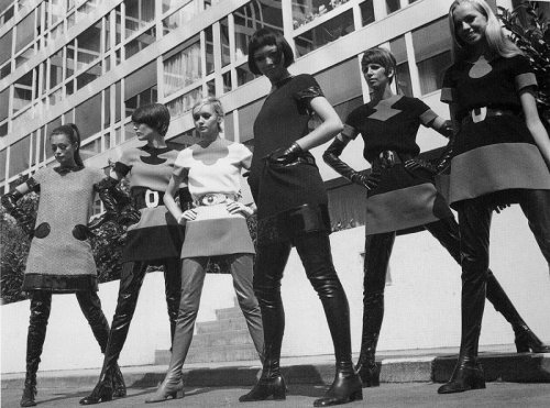 60s mod fashion by Pierre Cardin.