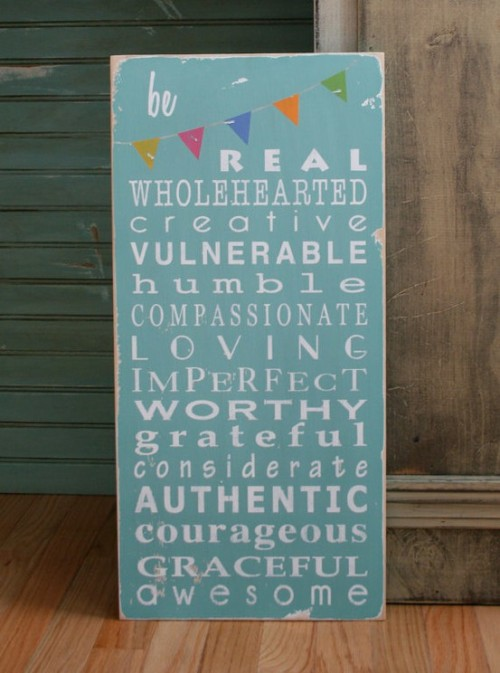 tinywhitedaisies:  (via Bunting / Be Wholehearted with Bunting Typography Word by barnowlprimitives)