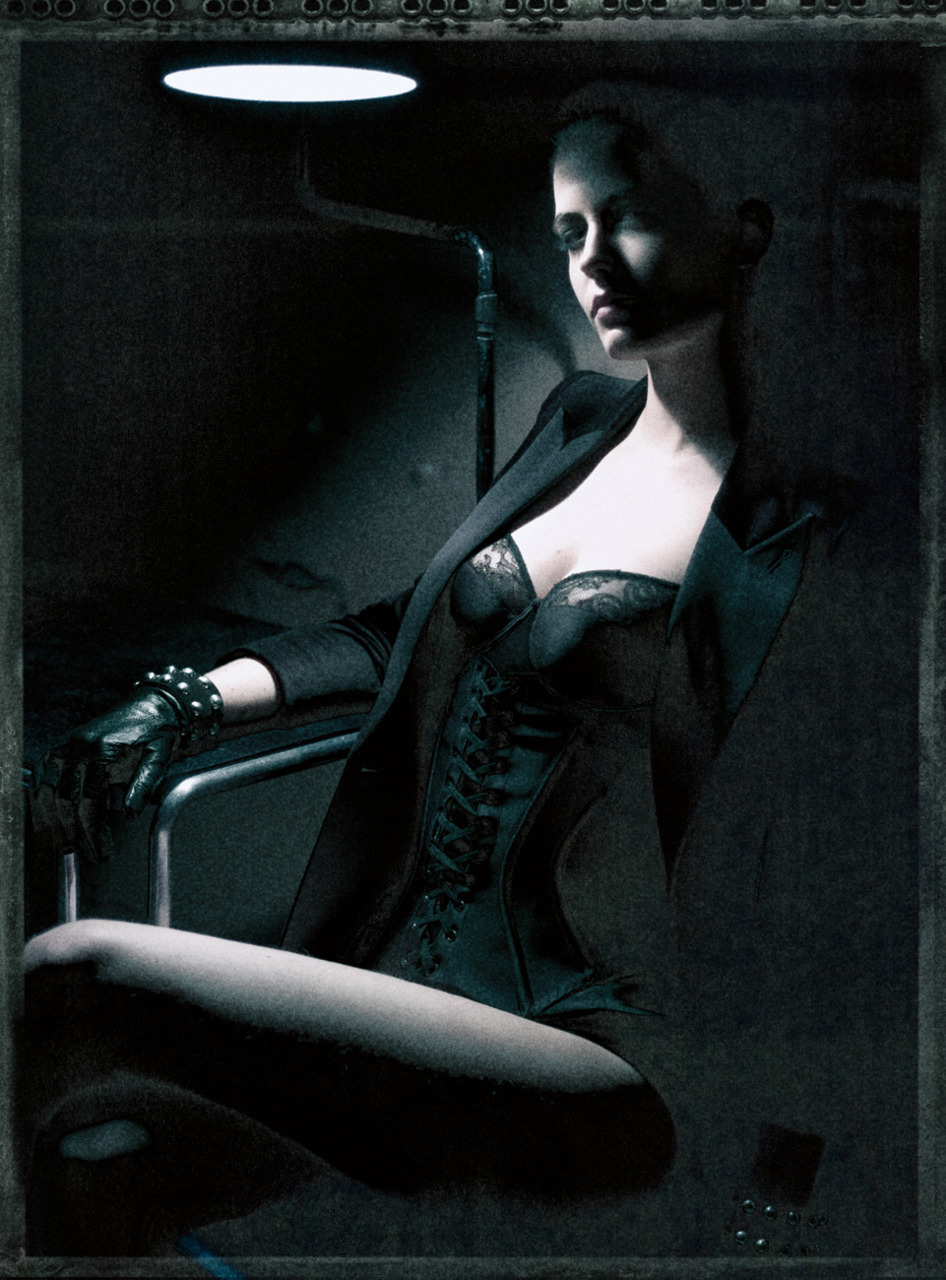 Eva Green photographed by Paolo Roversi - Interview Magazine: May 2011