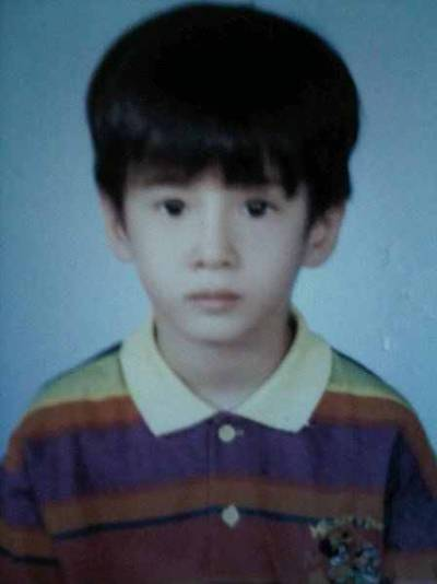 simplyawnya:  Mario Maurer so adorable!