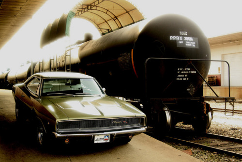 yrys-automotive:  1968 Dodge Charger R/T & Tank Car by 1968 Dodge Charger R/T on Flickr.