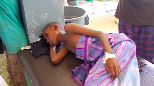newsflick:  13 year old Ali, is fighting for his life with a sever case of cholera at the Banadir Hospital; the biggest in Mogadishu. His mother couldn't get the necessary medical attention and has fallen victim. To make matters worse his father has abandoned him at the hospital. ©newsflick  Sayid Ali of Newsflick is currently in Somalia, his homeland which he left as a child, working for an NGO. He's posted a series of updates since getting in Mogadishu. Be sure to check them out. The first one in particular is gripping.