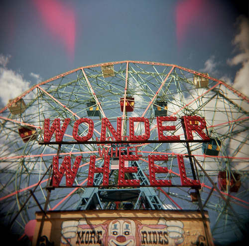 Wonder Wheel by madmonk